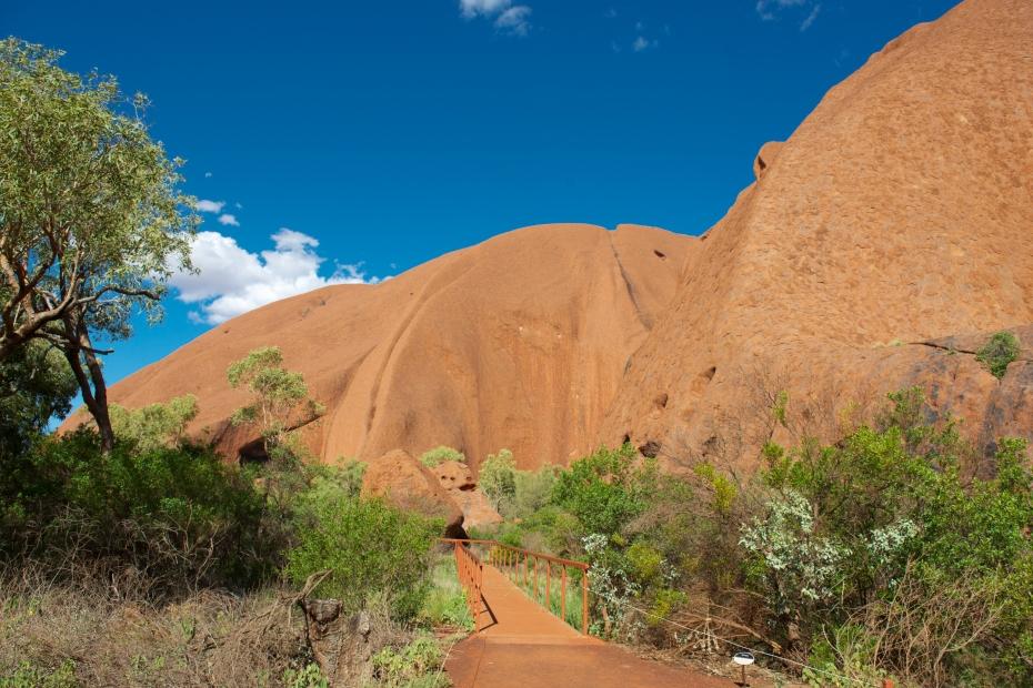Uluru up close-1