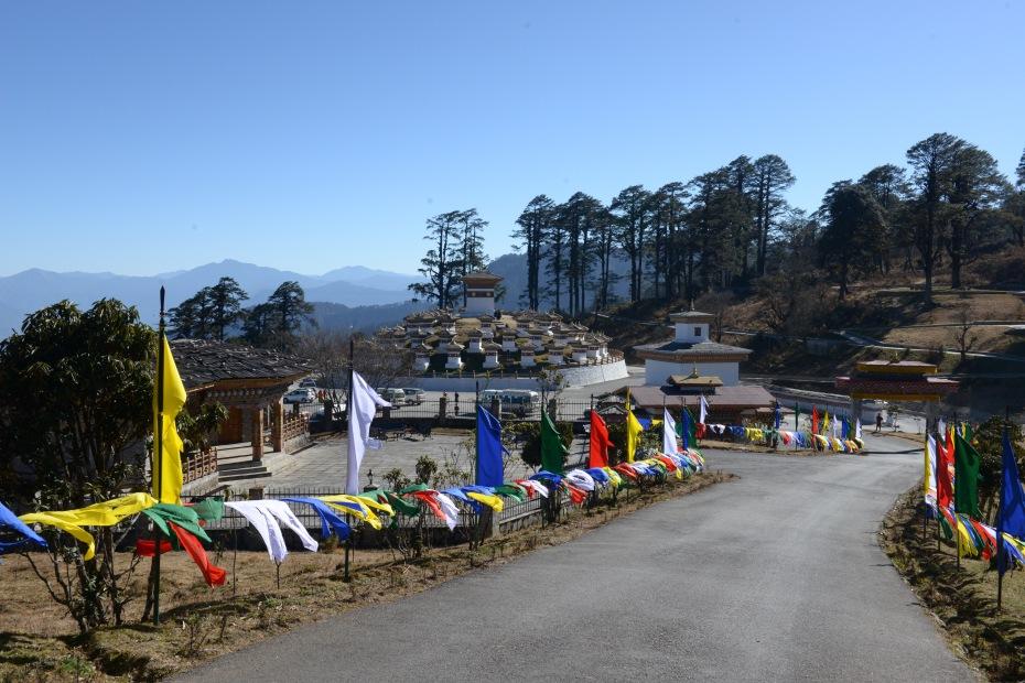 108-stupas-on-mountain-pass