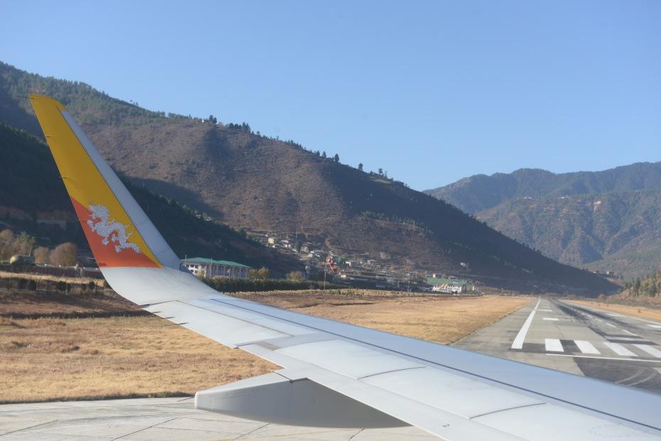 short-runway-paro-bhutan