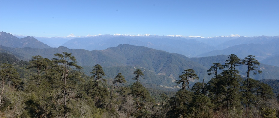 view-of-himalayas-from-pass
